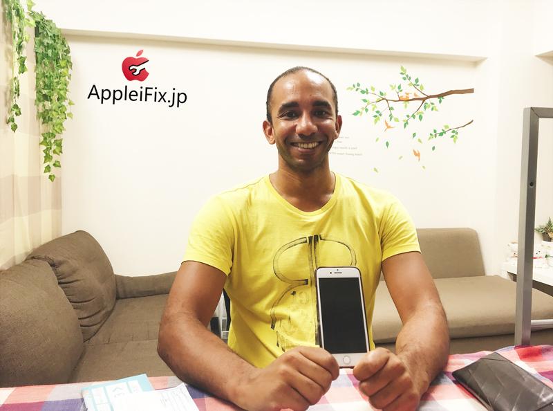 iPhone8液晶交換修理3.JPG